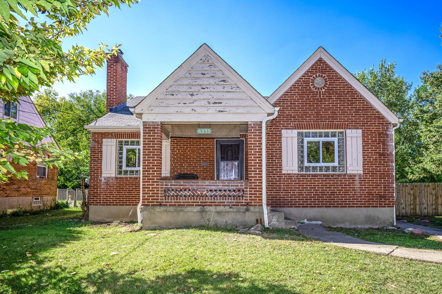 Property for sale at 6335 Mayflower Avenue, Golf Manor,  Ohio 45237