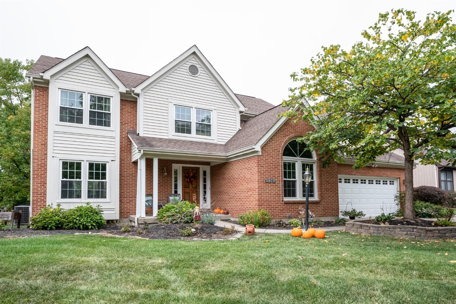 Property for sale at 11041 Sycamore Grove Lane, Blue Ash,  Ohio 45241