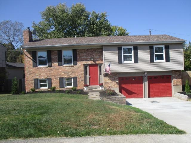 Property for sale at 11951 Blackhawk Circle, Springfield Twp.,  Ohio 45240