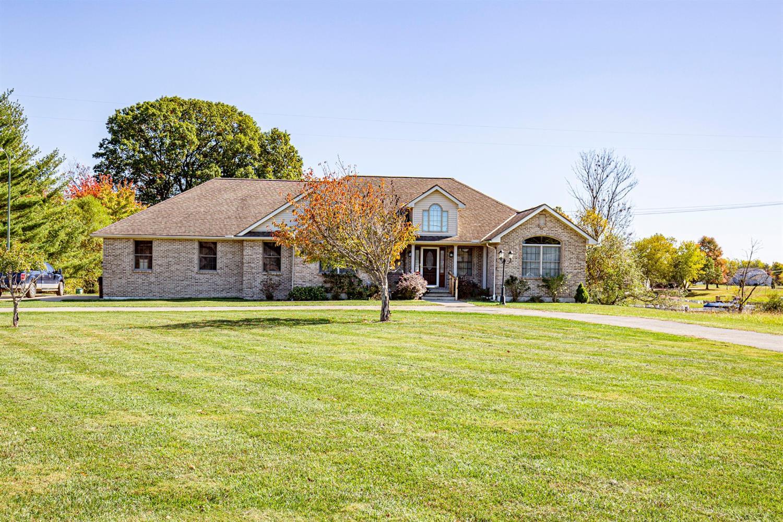 Property for sale at 448 Waynoka Drive, Franklin Twp,  Ohio 45171