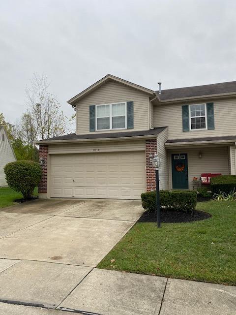 Property for sale at 211 Barnard Court, Lebanon,  Ohio 45036