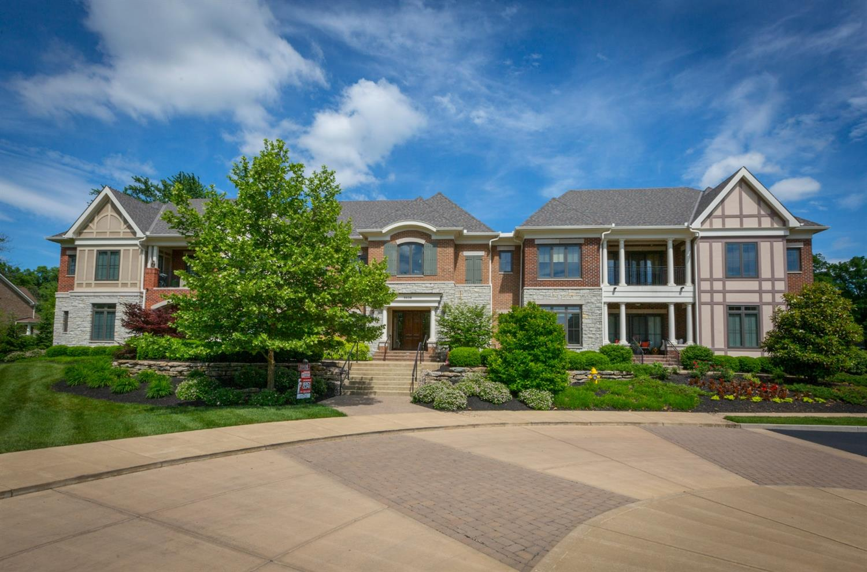 Property for sale at 9606 Park Manor Boulevard Unit: 105, Blue Ash,  Ohio 45242