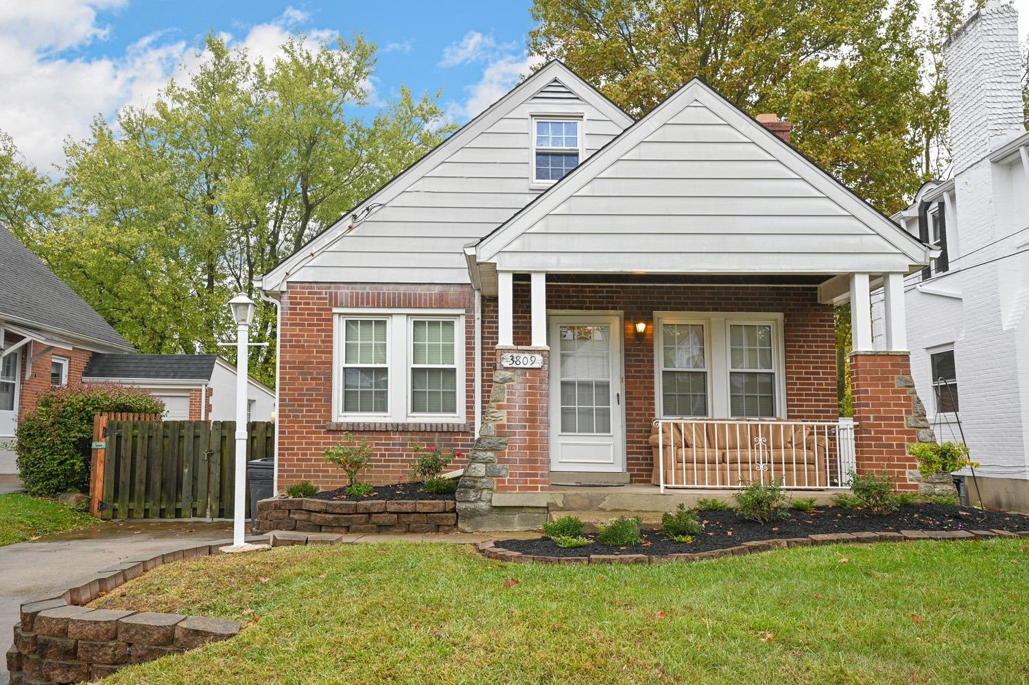 Property for sale at 3809 Thornton Drive, Silverton,  Ohio 45236