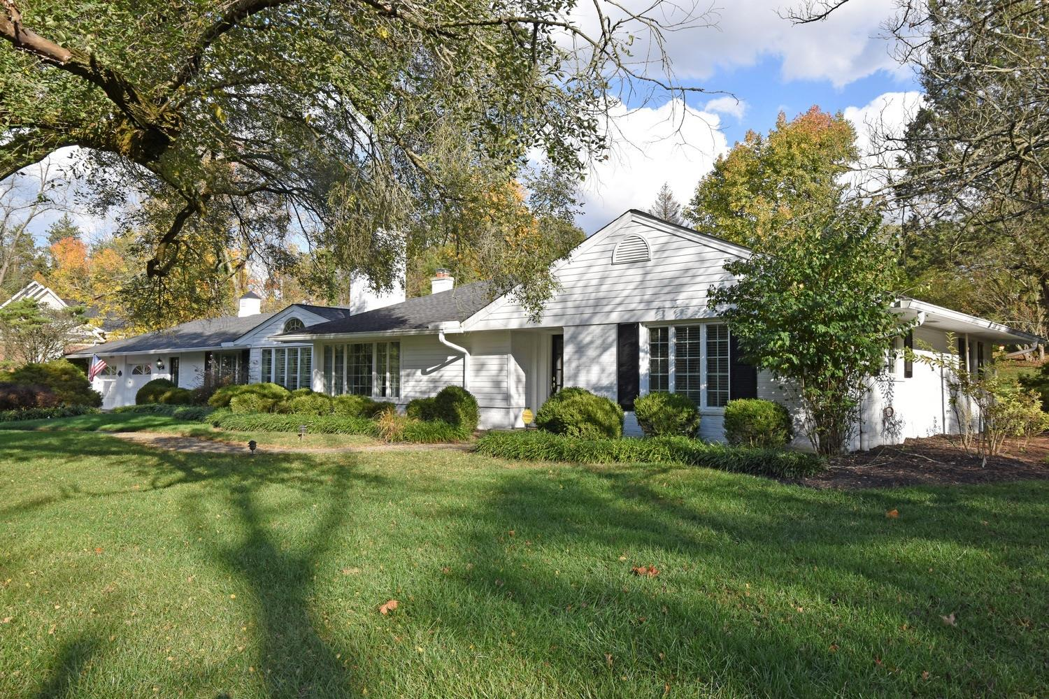 Property for sale at 7585 Graves Road, Indian Hill,  Ohio 45243