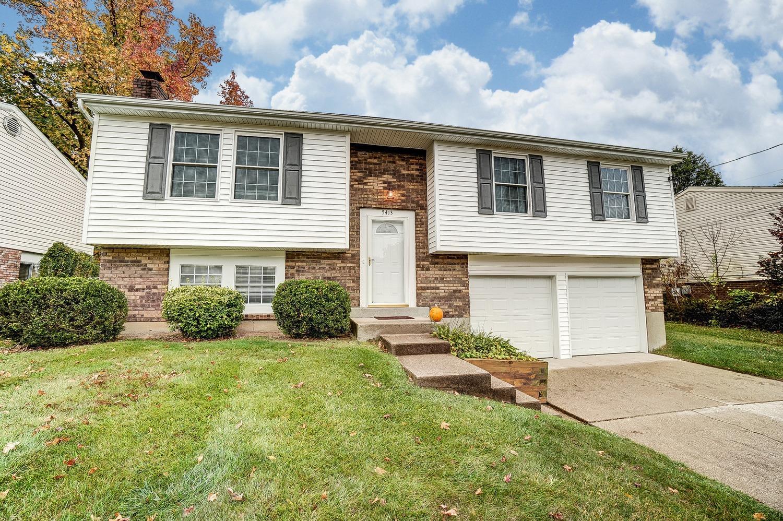 Property for sale at 5413 Tilbury Court, Deer Park,  Ohio 45238
