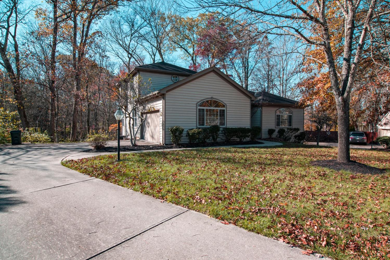 Property for sale at 1351 Avalon Drive, Hamilton Twp,  Ohio 45039