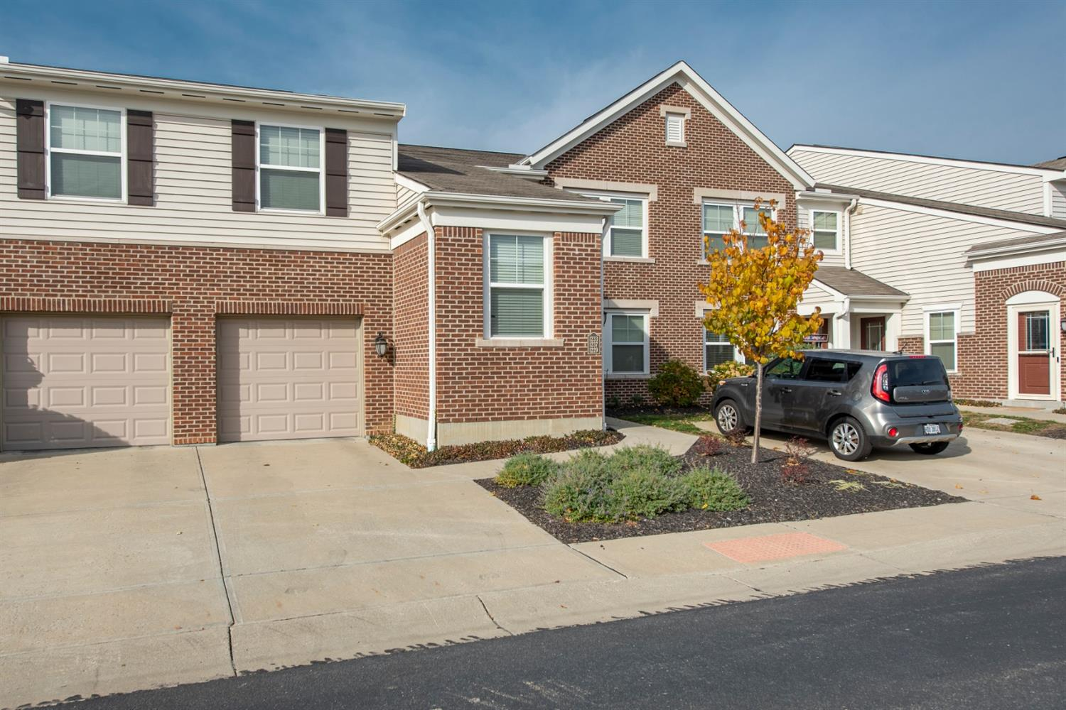 Property for sale at 1233 Double Eagle Court, Turtle Creek Twp,  Ohio 45036
