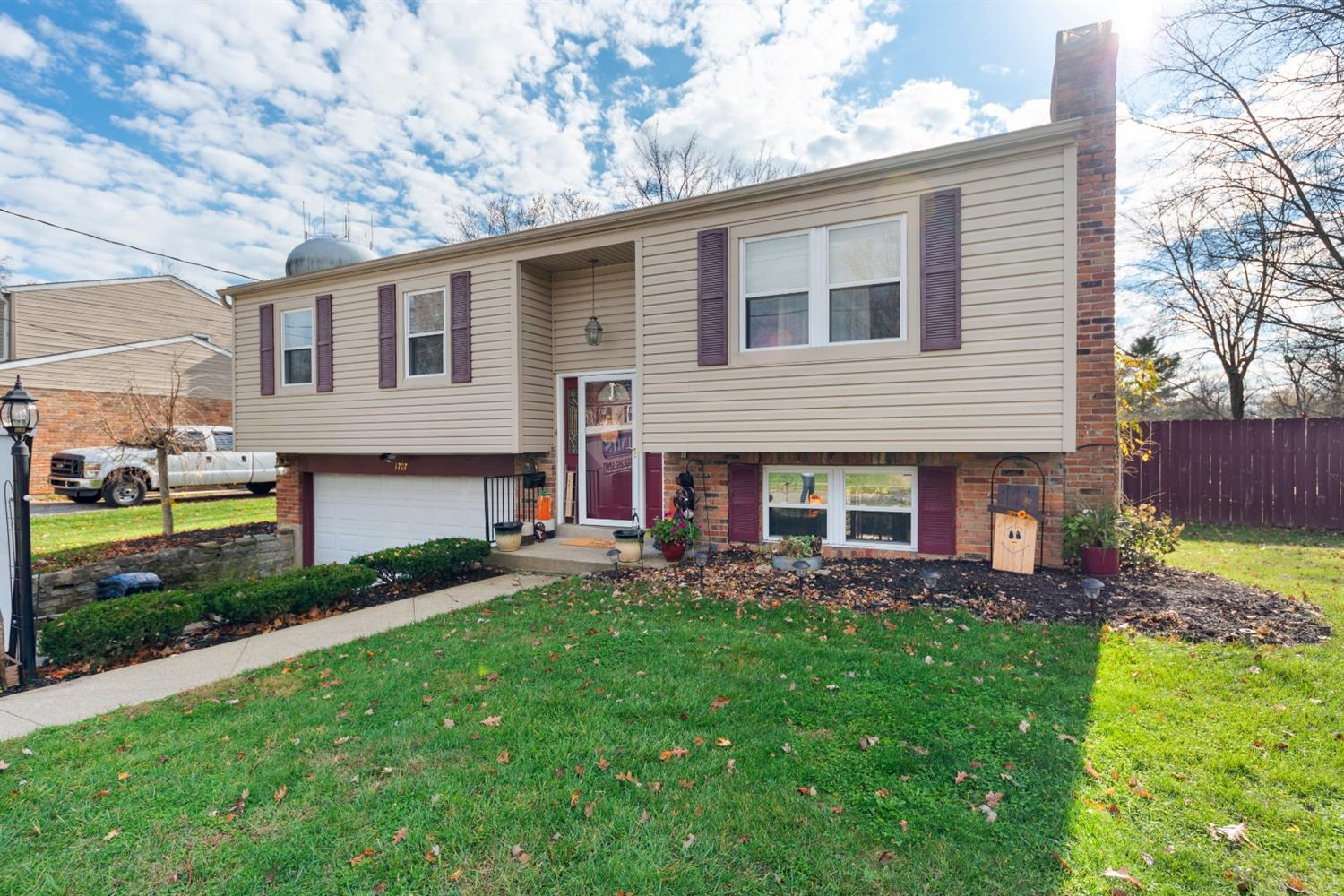 Property for sale at 1707 Wilmington Drive, Loveland,  Ohio 45140