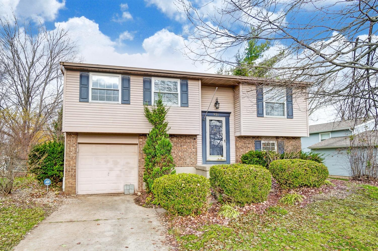 Property for sale at 921 Tracy Place, Mason,  Ohio 45040