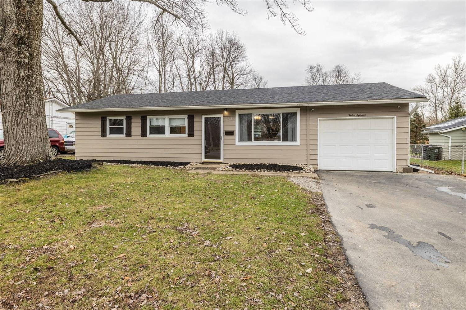 Property for sale at 1218 Tuscarora Drive, Loveland,  Ohio 45140