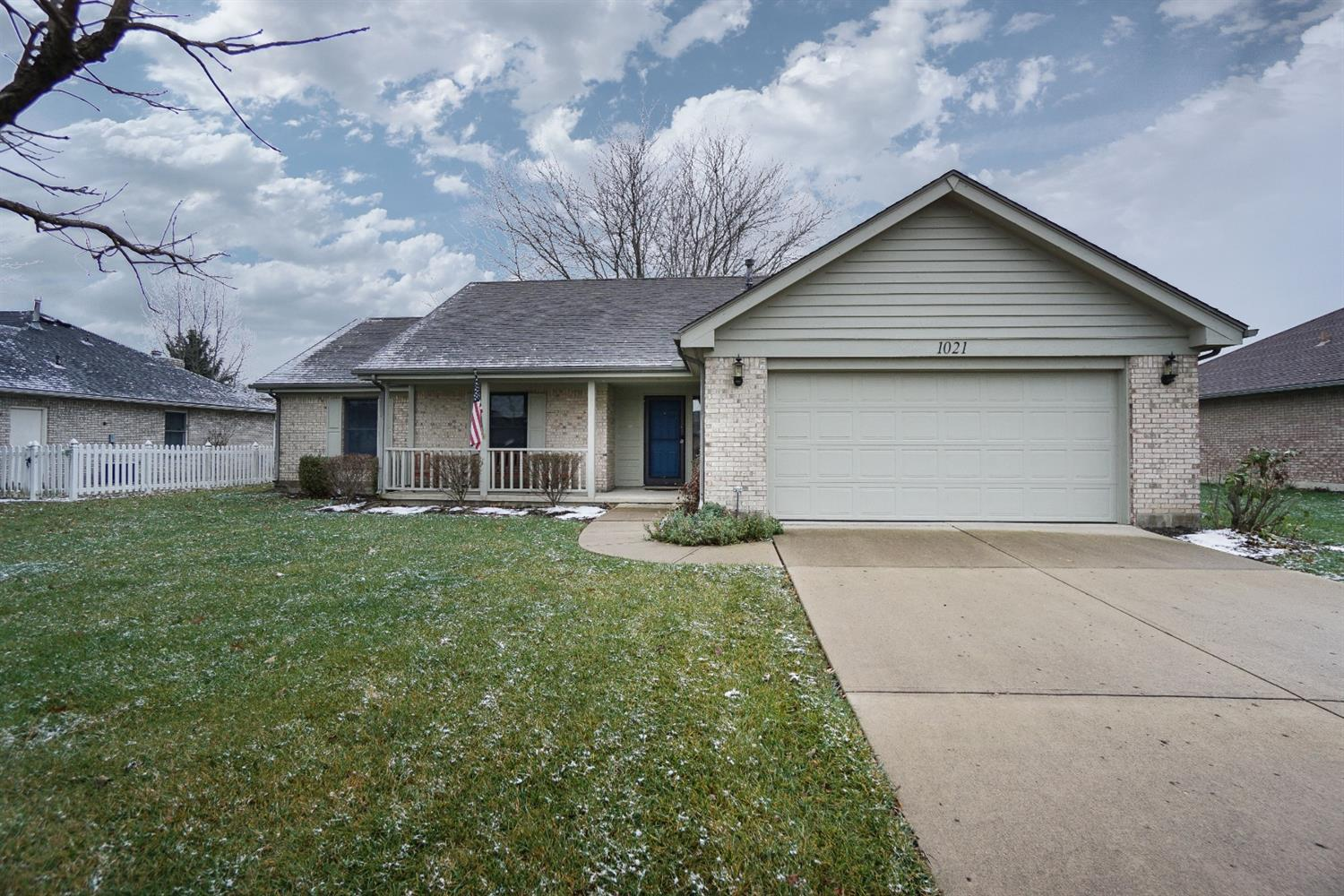 Property for sale at 1021 Crede Way, Waynesville,  Ohio 45068