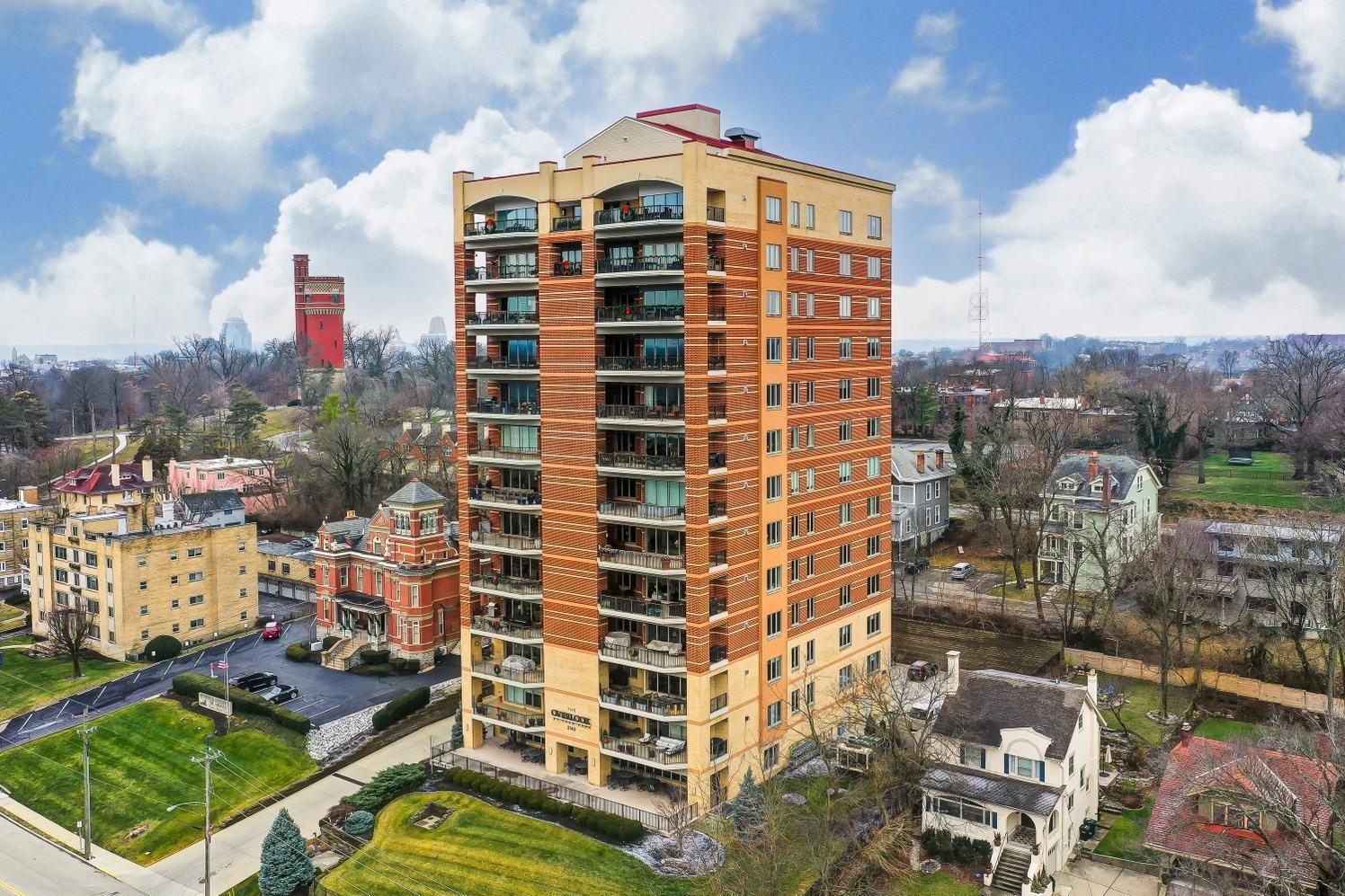 Property for sale at 2145 Luray Avenue Unit: 6S, Cincinnati,  Ohio 45206