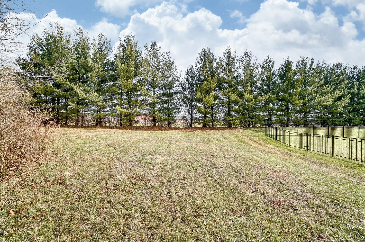 Property for sale at 5584 Oak View Drive, Maineville,  Ohio 45039
