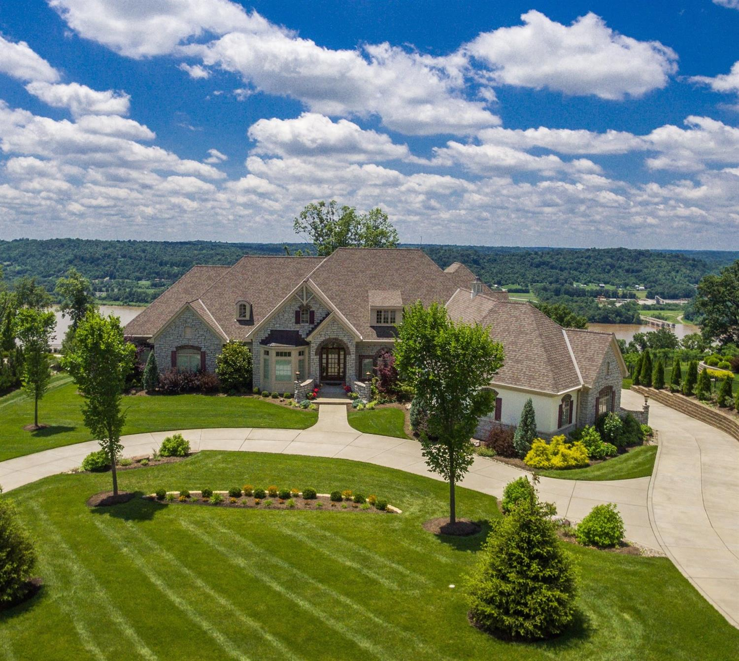 Property for sale at 7935 Ayers Road, Anderson Twp,  Ohio 45255