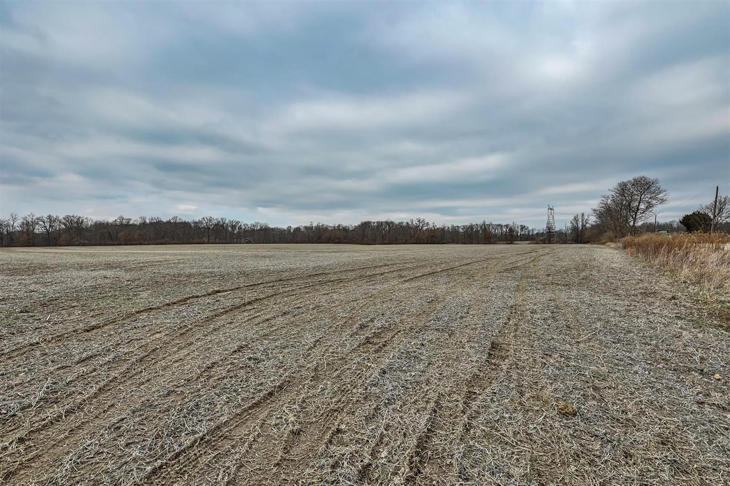 Property for sale at 8875 Zoar Road Unit: 1006, Maineville,  Ohio 4