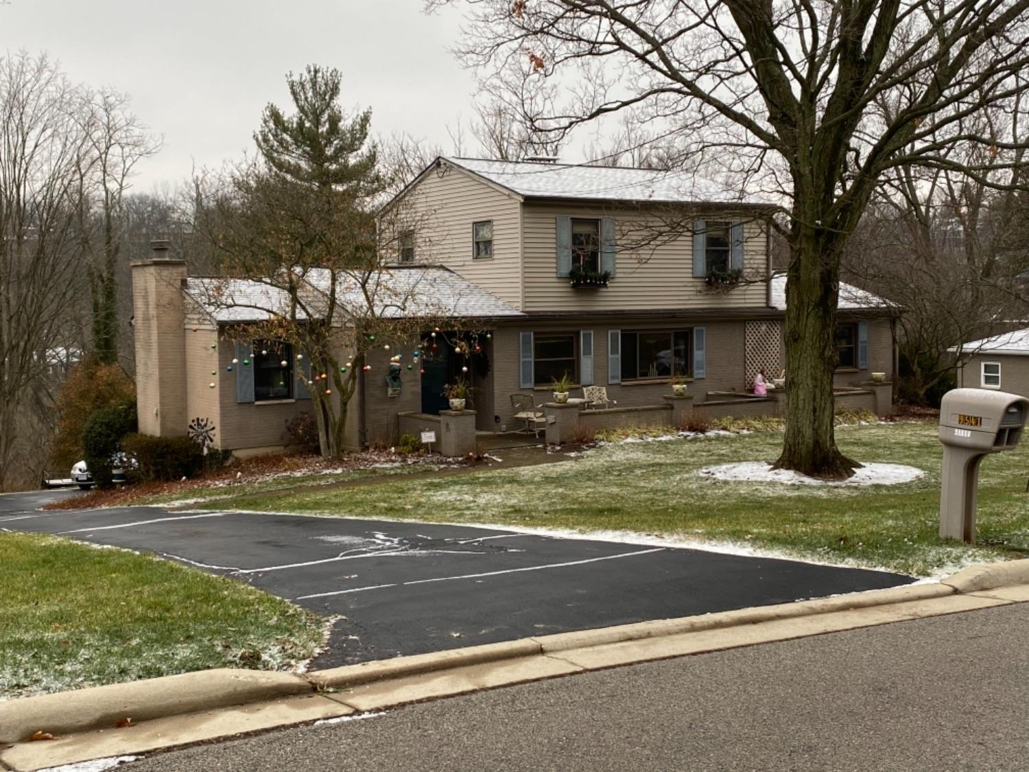 Property for sale at 9541 Waxwing Drive, Blue Ash,  Ohio 45241