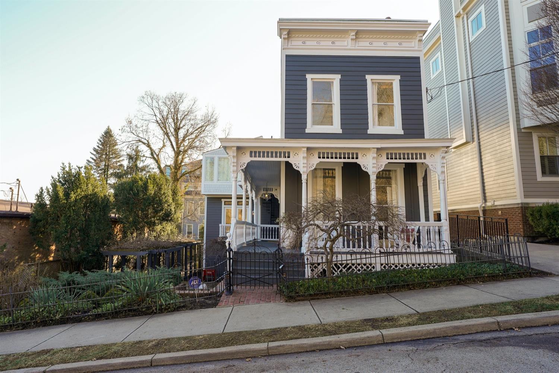 Property for sale at 1017 Parkside Place, Cincinnati,  Ohio 45202
