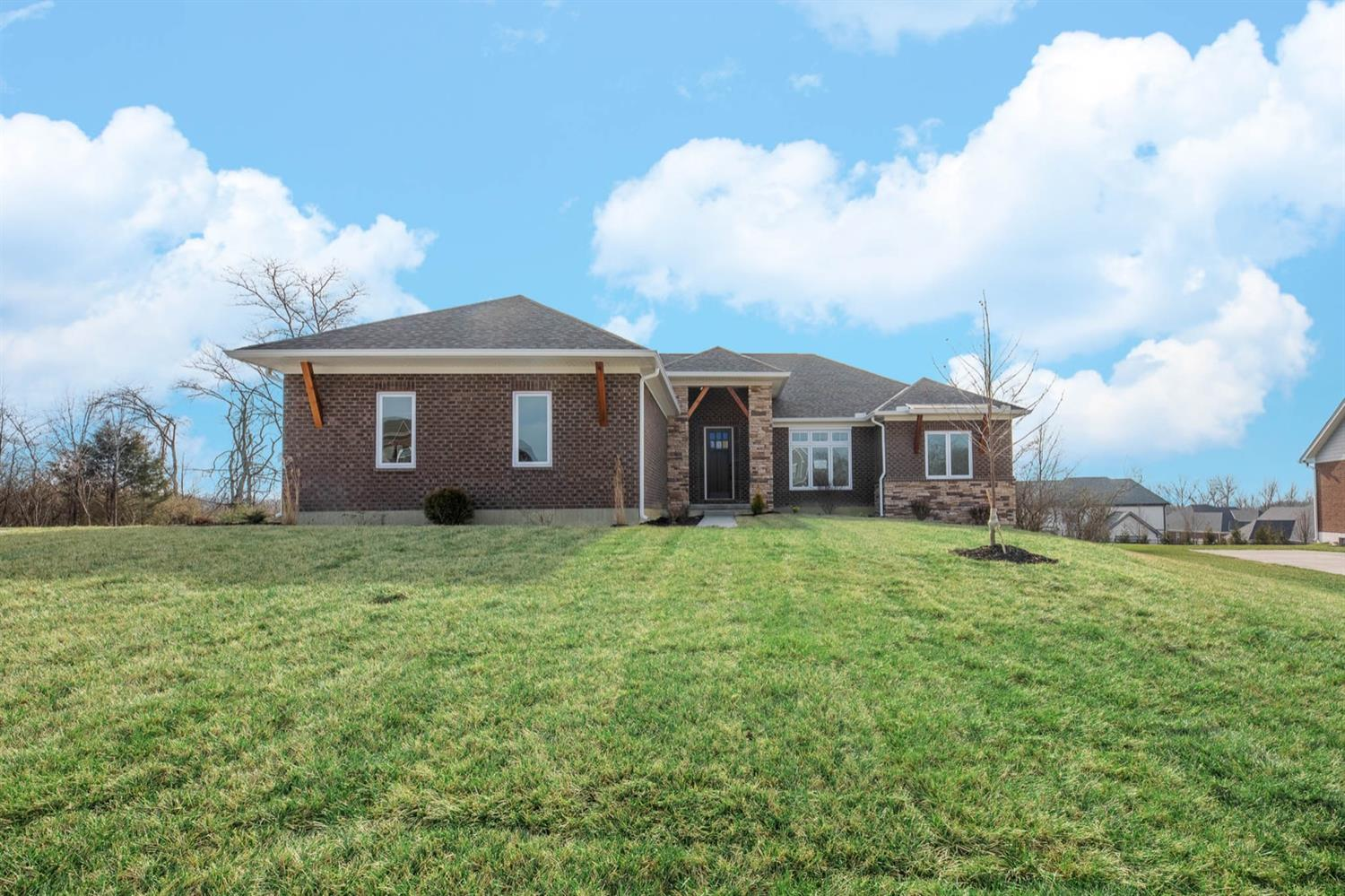 Property for sale at 7153 Highland Bluff Drive, West Chester,  Ohio 45069