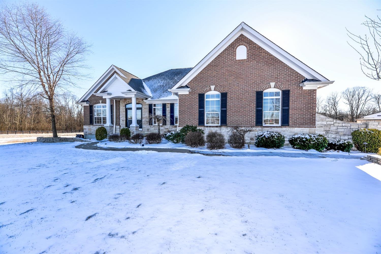 Property for sale at 993 Arabian Run Drive, Washington Twp,  Ohio 45113