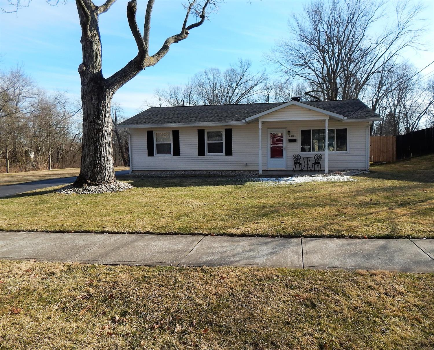 Property for sale at 1403 Bellwood Drive, Loveland,  Ohio 45140