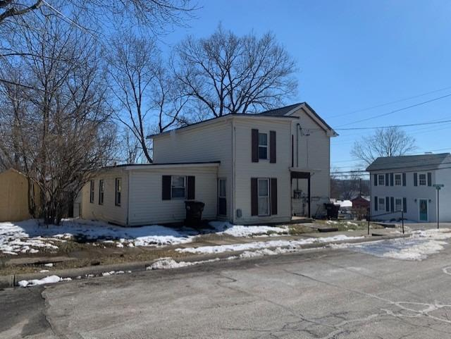 Property for sale at 106 Fourth Street, Waynesville,  Ohio 45068