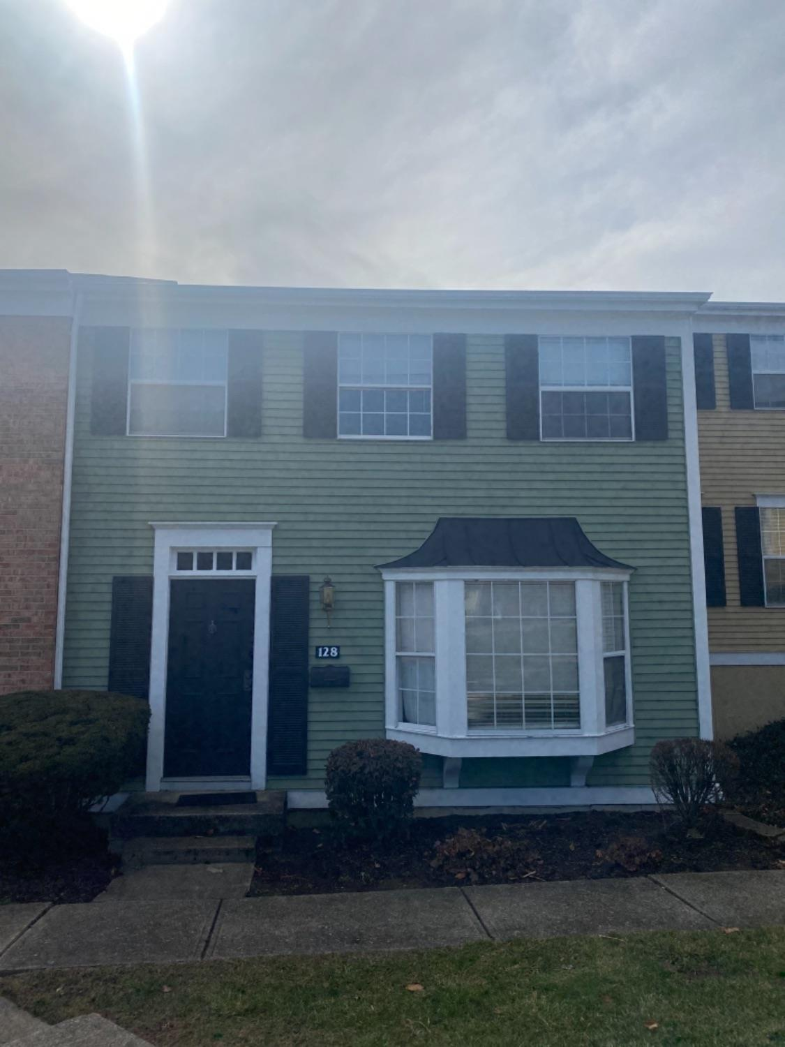 Property for sale at 128 Chapel Hill Drive, Fairfield,  Ohio 45014