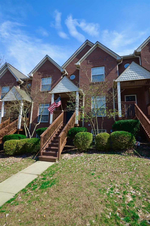 2548 Cleinview Avenue, Cincinnati, Ohio 45206, 2 Bedrooms Bedrooms, 6 Rooms Rooms,2 BathroomsBathrooms,Condominium,For Sale,Cleinview,1693145