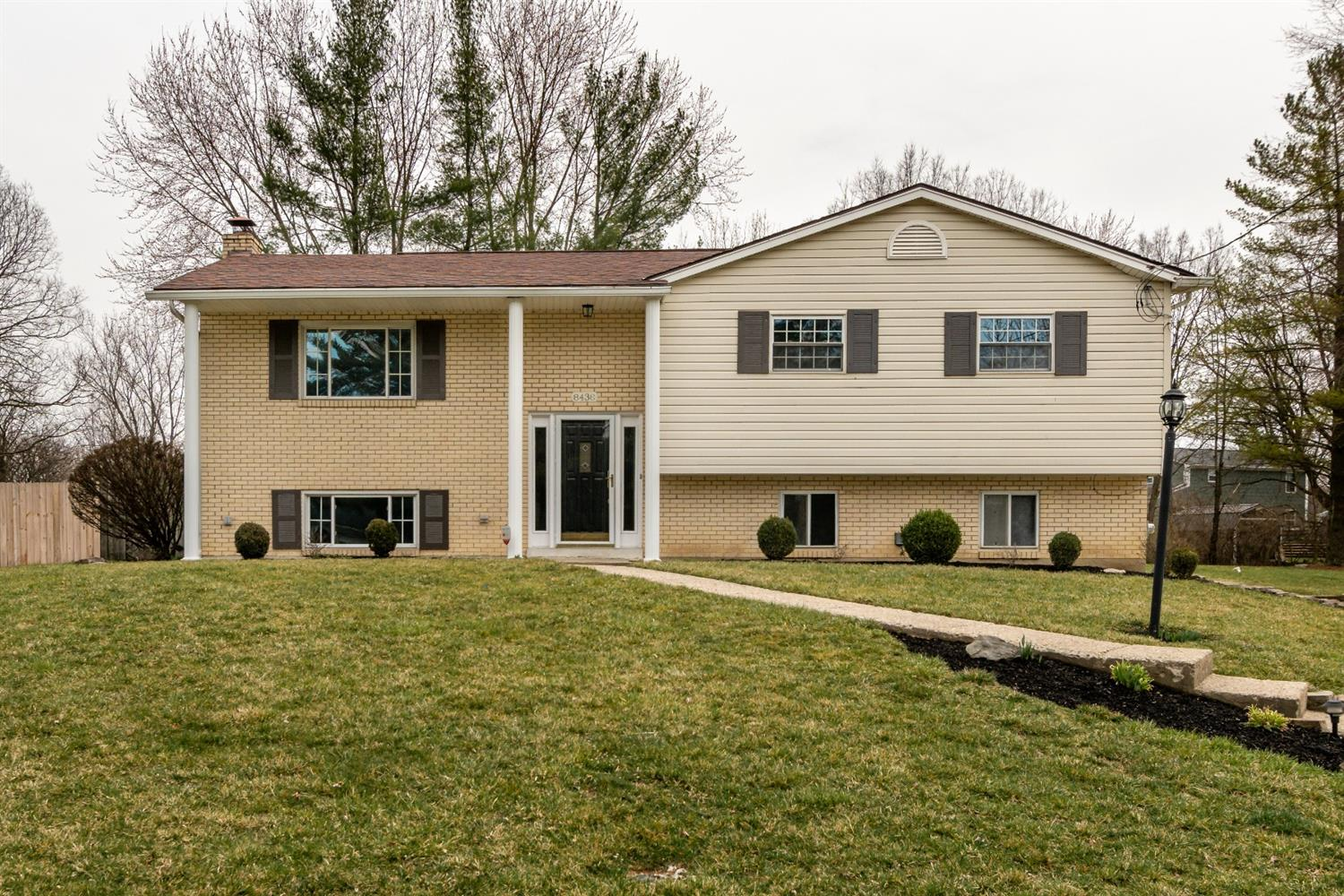 Property for sale at 8438 Meadowlark Court, West Chester,  Ohio 45069