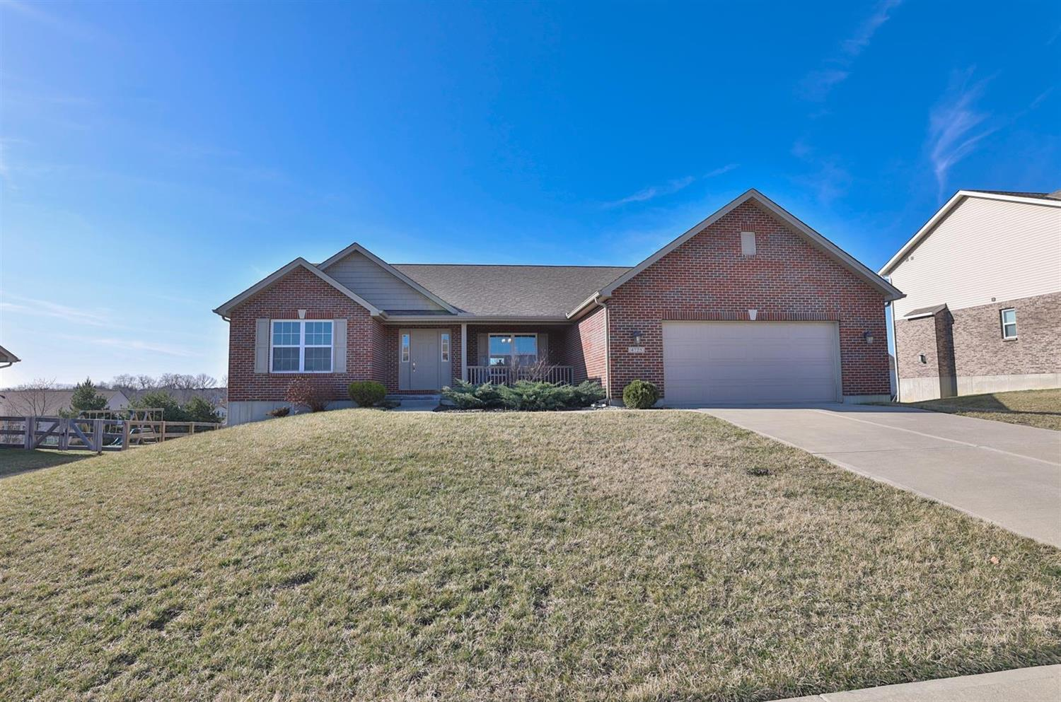 Property for sale at 4725 Osprey Pointe Drive, Liberty Twp,  Ohio 45011
