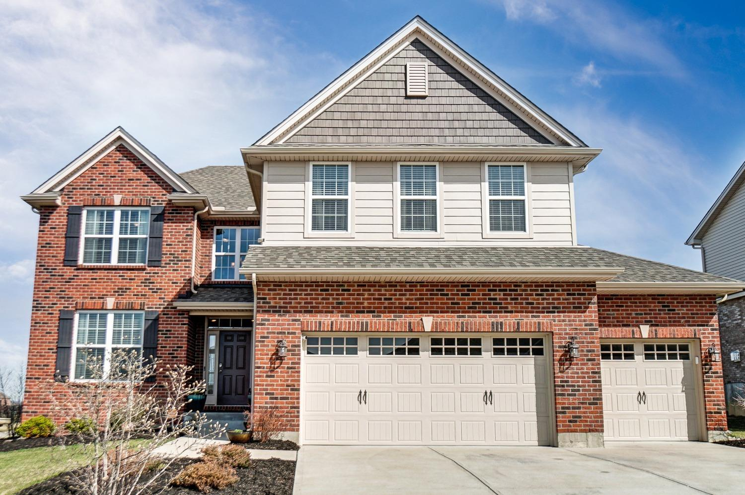 Property for sale at 4642 Osprey Pointe Drive, Liberty Twp,  Ohio 45011