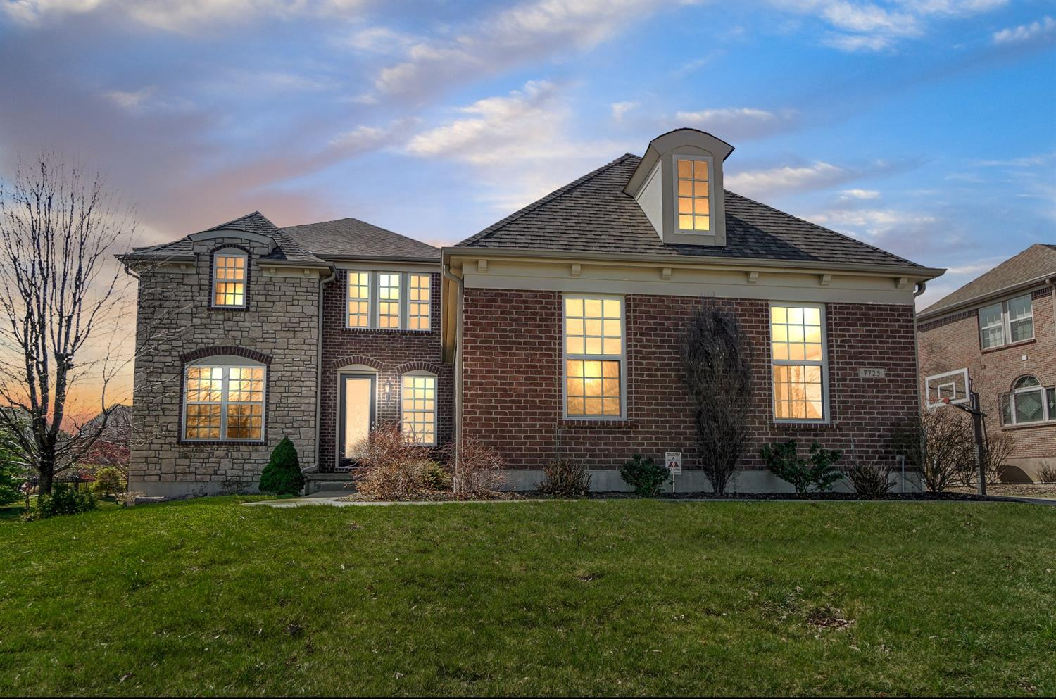 Property for sale at 7725 Foxchase Drive, West Chester,  Ohio 45069