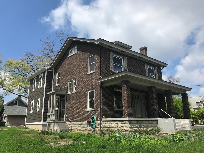 1325 Grace Avenue, Cincinnati, OH 45208