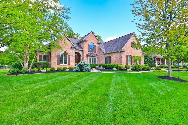 64 Gaslight Lane, Montgomery, Ohio 45249, 4 Bedrooms Bedrooms, 12 Rooms Rooms,5 BathroomsBathrooms,Single Family Residence,For Sale,Gaslight,1699483