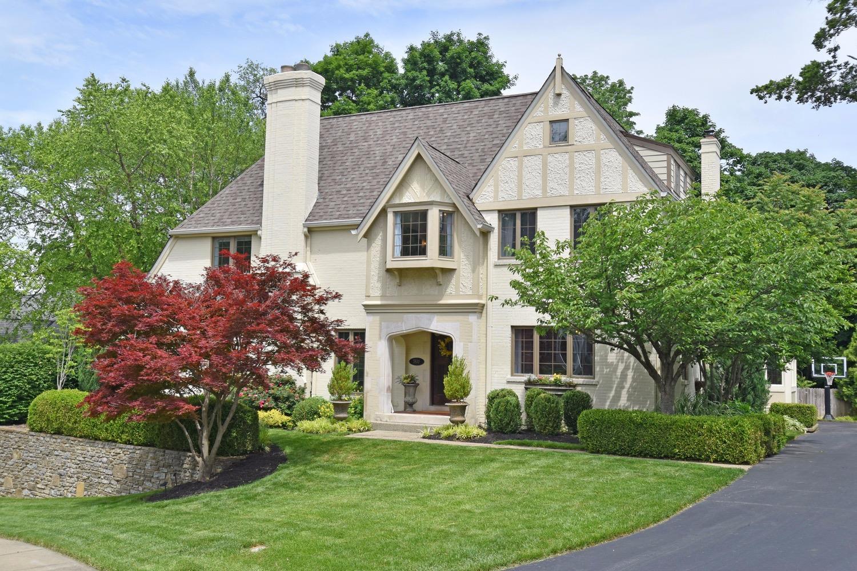 3800 Brighton Manor Lane, Cincinnati, OH 45208
