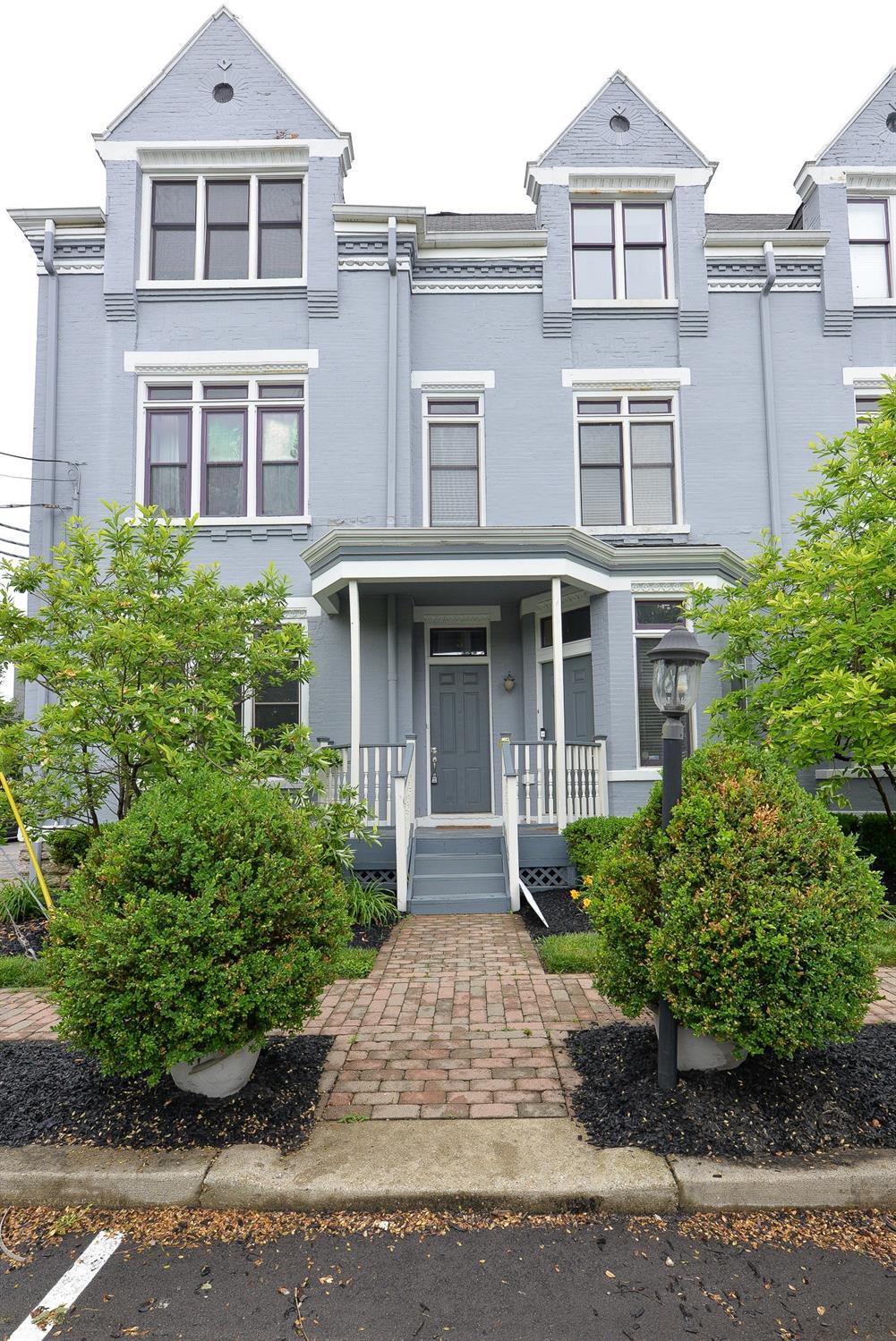 2100 Sinton Avenue, Cincinnati, Ohio 45206, 2 Bedrooms Bedrooms, 5 Rooms Rooms,2 BathroomsBathrooms,Condominium,For Sale,Sinton,1703678