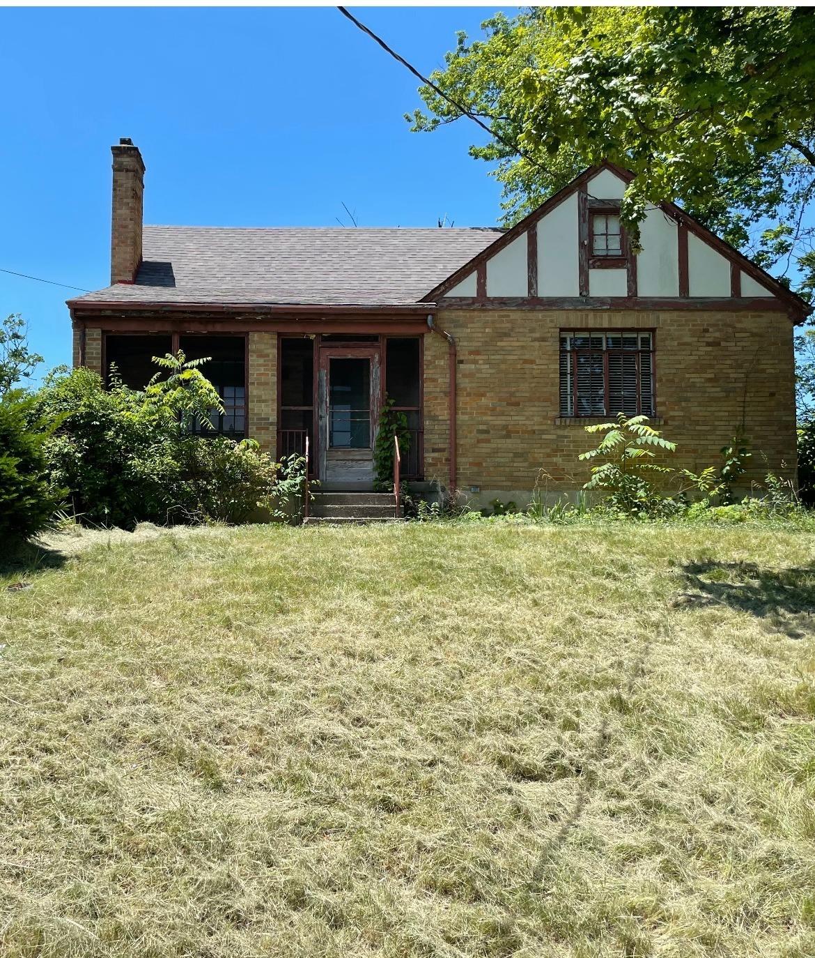 5219 Colerain Avenue, Cincinnati, Ohio 45223, 3 Bedrooms Bedrooms, 6 Rooms Rooms,1 BathroomBathrooms,Single Family Residence,For Sale,Colerain,1704378