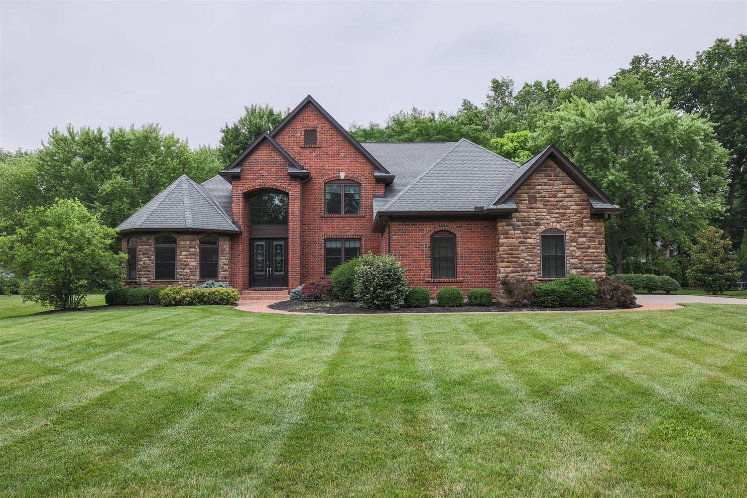 11680 Enyart Road, Symmes Twp, Ohio 45140, 5 Bedrooms Bedrooms, 12 Rooms Rooms,4 BathroomsBathrooms,Single Family Residence,For Sale,Enyart,1705459