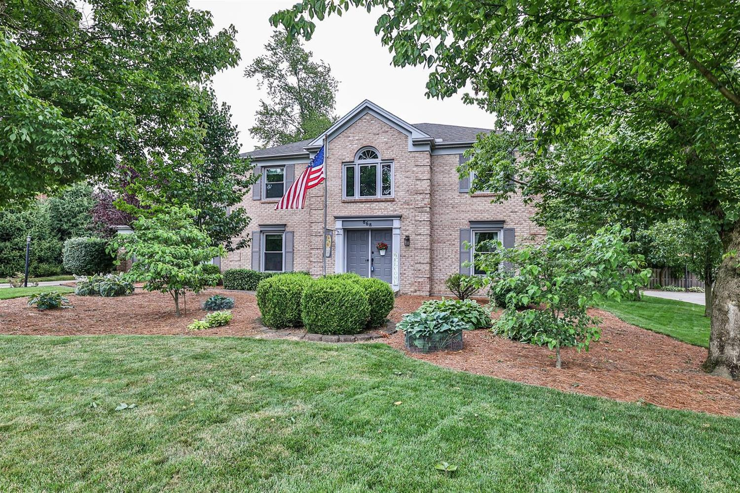 868 Markley Woods Way, Anderson Twp, Ohio 45230, 4 Bedrooms Bedrooms, 12 Rooms Rooms,2 BathroomsBathrooms,Single Family Residence,For Sale,Markley Woods,1705715