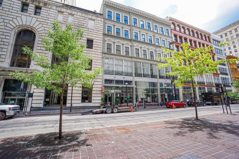 15 Fourth Street, Cincinnati, Ohio 45202, 1 Bedroom Bedrooms, 5 Rooms Rooms,2 BathroomsBathrooms,Condominium,For Sale,Fourth,1706406
