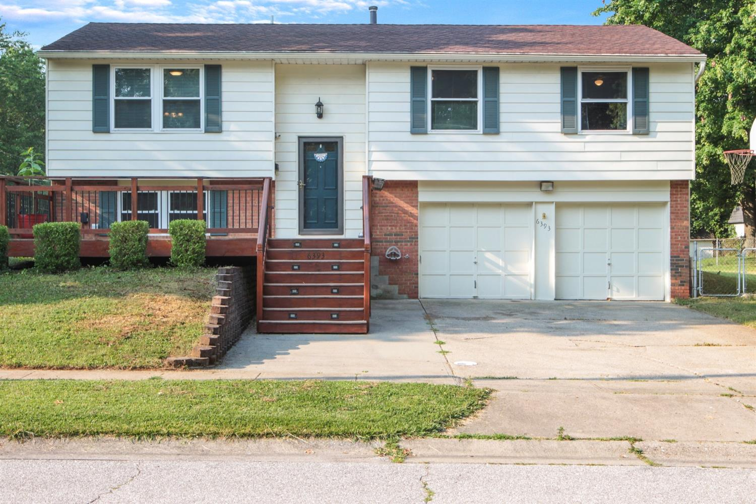 6393 Beaconwood Drive, Anderson Twp, Ohio 45230, 3 Bedrooms Bedrooms, 7 Rooms Rooms,2 BathroomsBathrooms,Single Family Residence,For Sale,Beaconwood,1706870