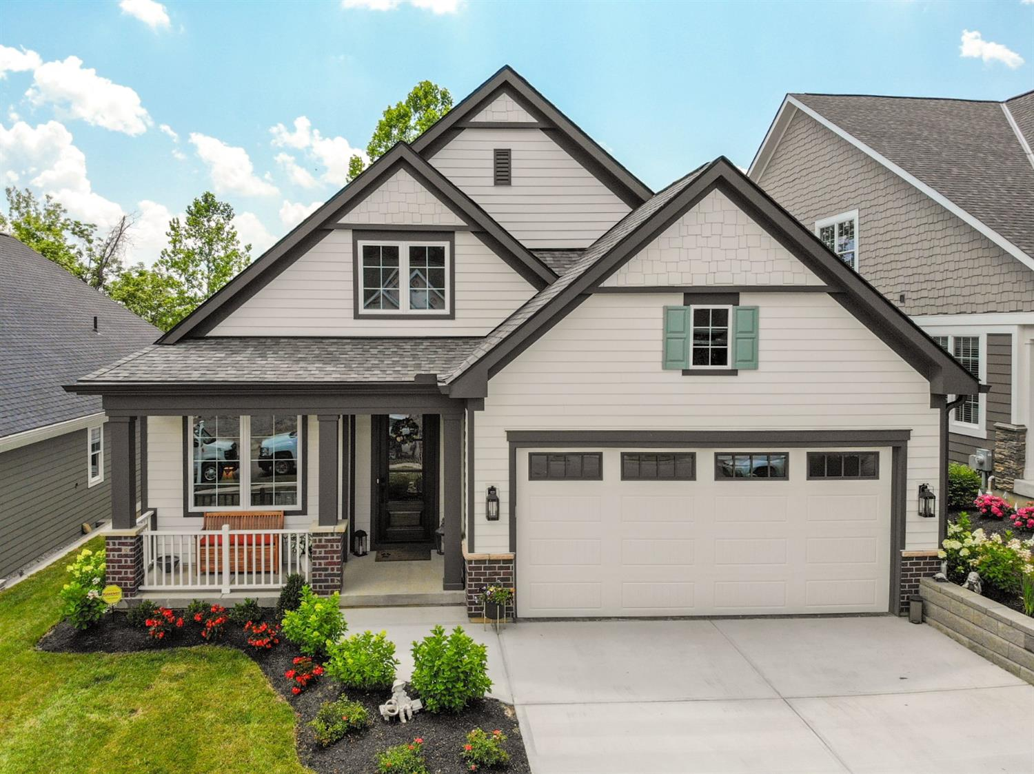 9813 Orchard Trail, Montgomery, Ohio 45242, 4 Bedrooms Bedrooms, 11 Rooms Rooms,3 BathroomsBathrooms,Single Family Residence,For Sale,Orchard Trail,1707271