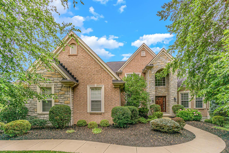 5609 Fox Ridge Court, Green Twp, Ohio 45247, 4 Bedrooms Bedrooms, 11 Rooms Rooms,4 BathroomsBathrooms,Single Family Residence,For Sale,Fox Ridge,1707364