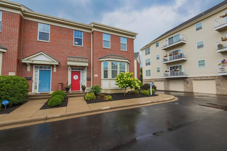 3330 Marburg Square Lane, Cincinnati, Ohio 45209, 2 Bedrooms Bedrooms, 7 Rooms Rooms,3 BathroomsBathrooms,Condominium,For Sale,Marburg Square,1708192