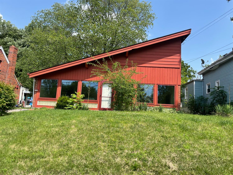 6142 Hedge Avenue, Cincinnati, Ohio 45213, 3 Bedrooms Bedrooms, 7 Rooms Rooms,1 BathroomBathrooms,Single Family Residence,For Sale,Hedge,1708179