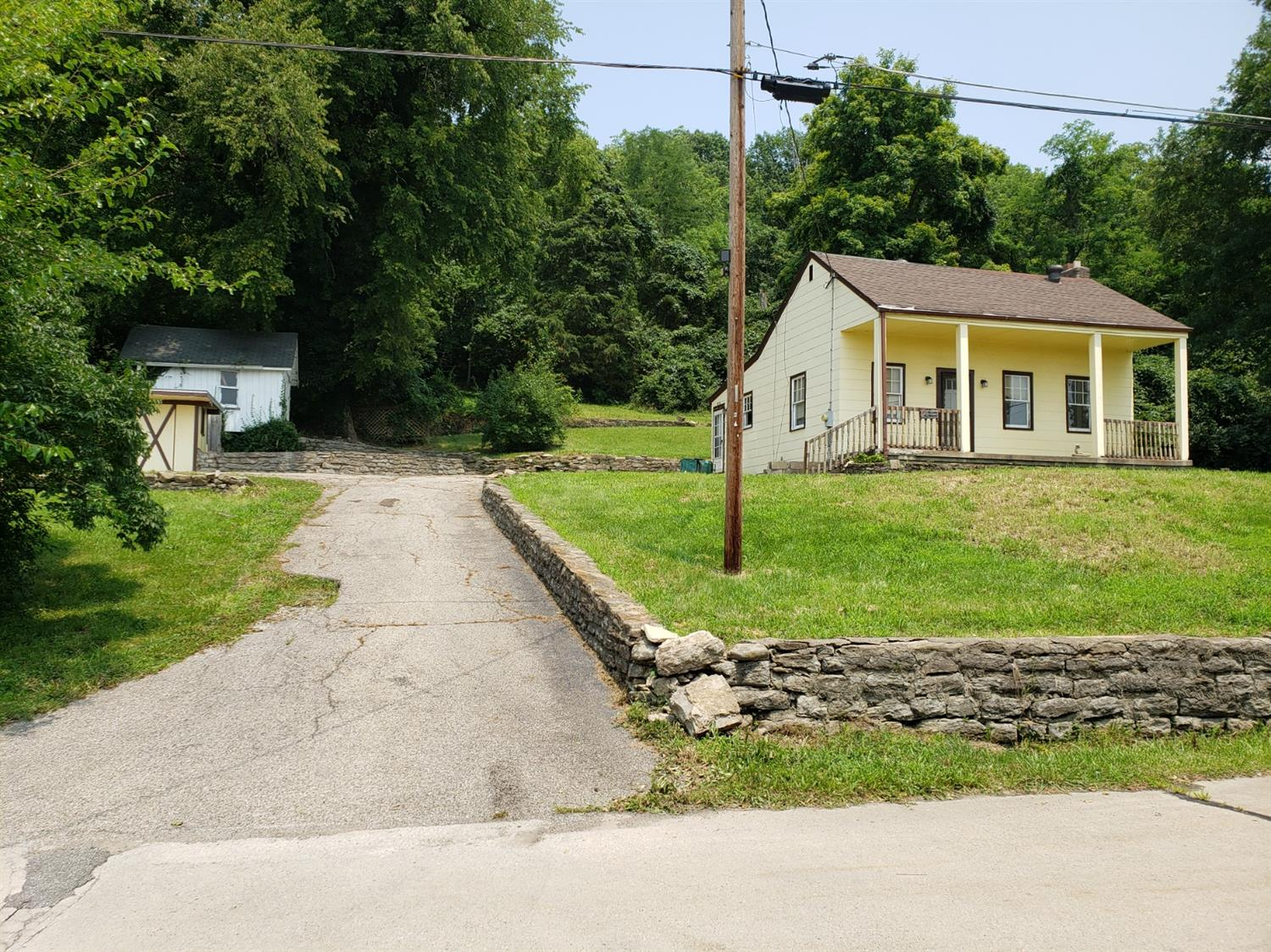 6920 Old Kellogg Road, Anderson Twp, Ohio 45255, 2 Bedrooms Bedrooms, 4 Rooms Rooms,1 BathroomBathrooms,Single Family Residence,For Sale,Old Kellogg,1708668