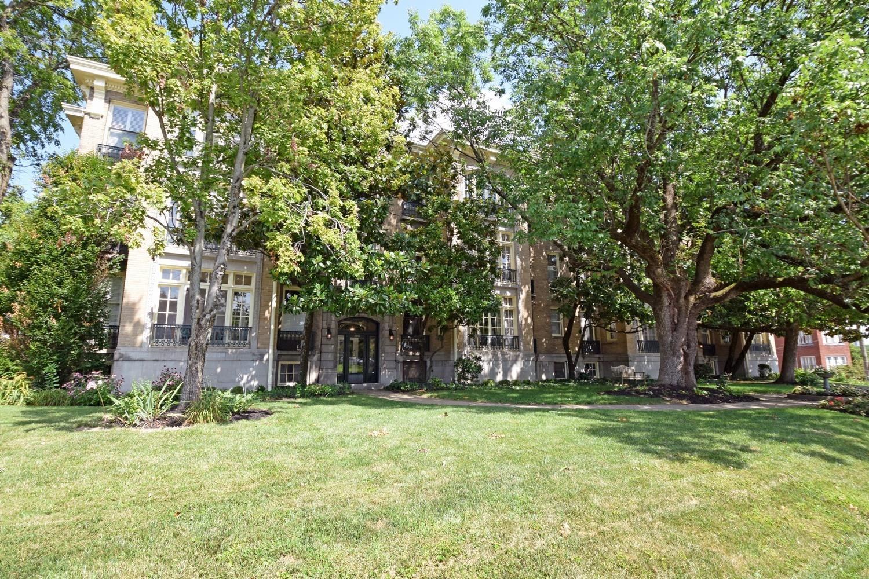 2138 Madison Road, Cincinnati, Ohio 45208, 2 Bedrooms Bedrooms, 5 Rooms Rooms,2 BathroomsBathrooms,Condominium,For Sale,Madison,1710628
