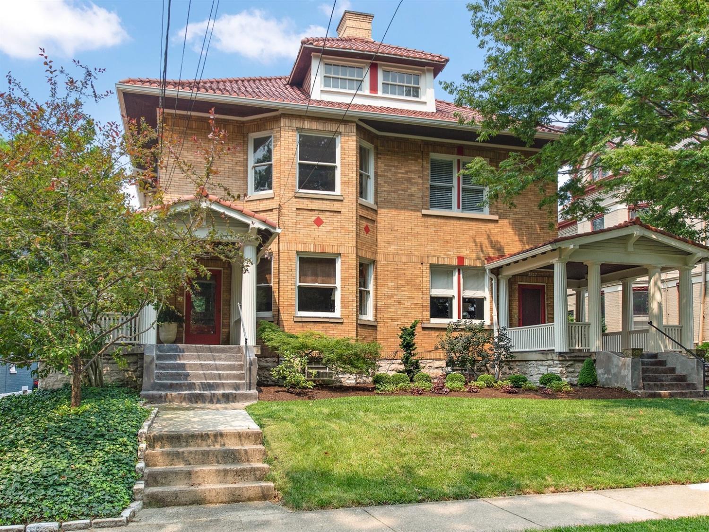 2725 Cleinview Avenue, Cincinnati, Ohio 45206, 3 Bedrooms Bedrooms, 6 Rooms Rooms,2 BathroomsBathrooms,Condominium,For Sale,Cleinview,1710415