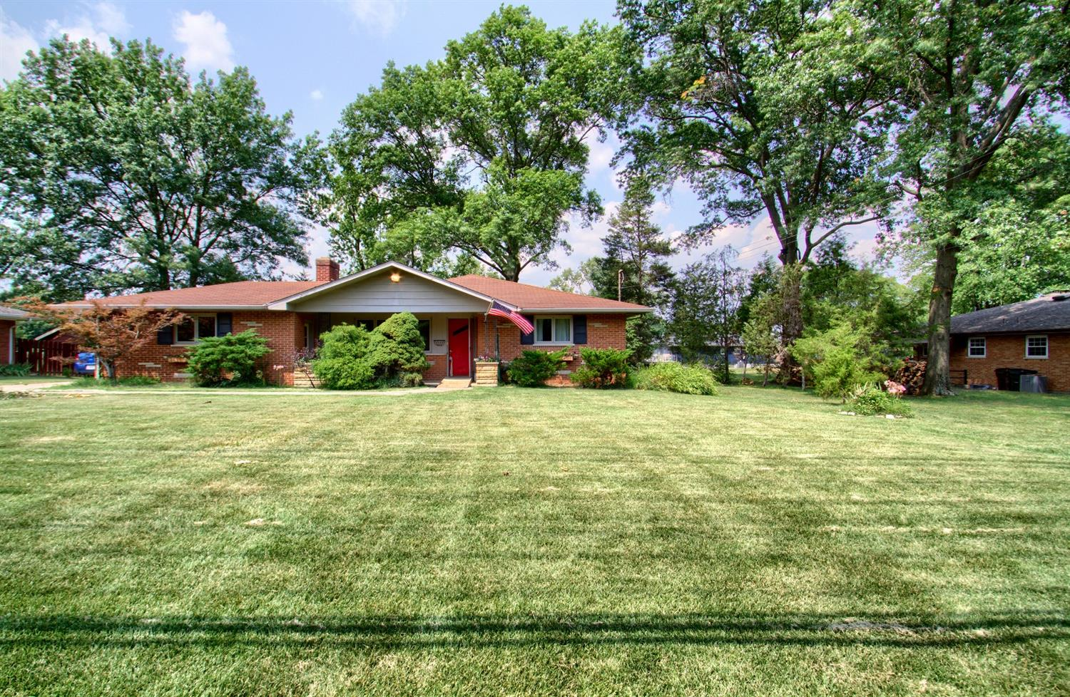 8090 Hopewell Road, Montgomery, Ohio 45242, 3 Bedrooms Bedrooms, 6 Rooms Rooms,1 BathroomBathrooms,Single Family Residence,For Sale,Hopewell,1708851