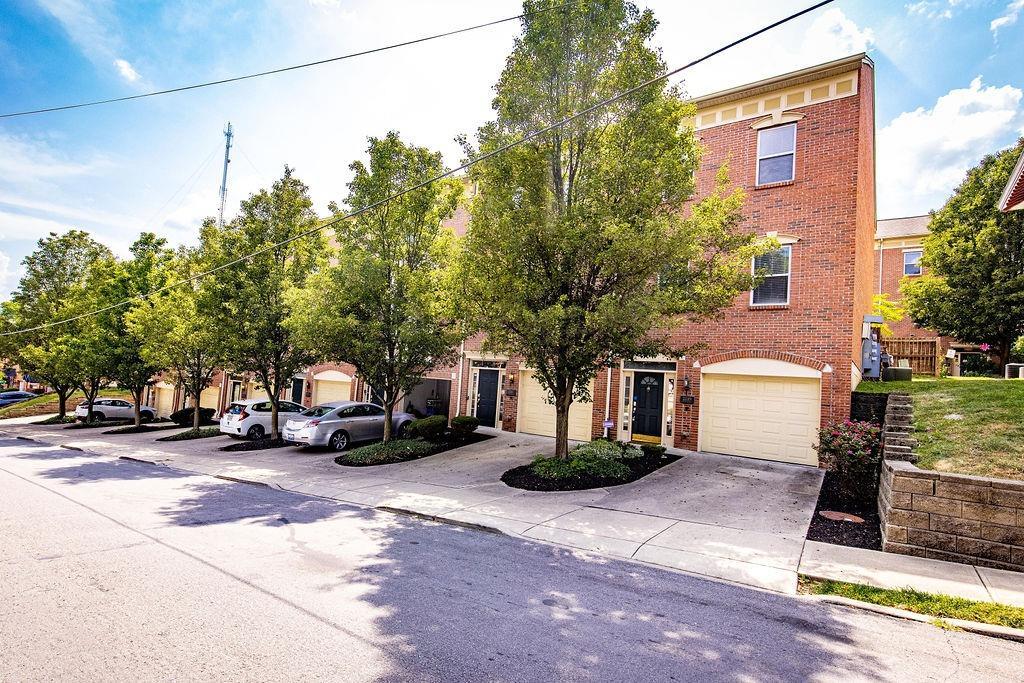 2139 Fulton Avenue, Cincinnati, Ohio 45206, 3 Bedrooms Bedrooms, 6 Rooms Rooms,2 BathroomsBathrooms,Condominium,For Sale,Fulton,1712521