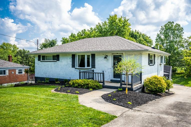 6066 Wilmer Road, Green Twp, Ohio 45247, 4 Bedrooms Bedrooms, 8 Rooms Rooms,3 BathroomsBathrooms,Single Family Residence,For Sale,Wilmer,1712468